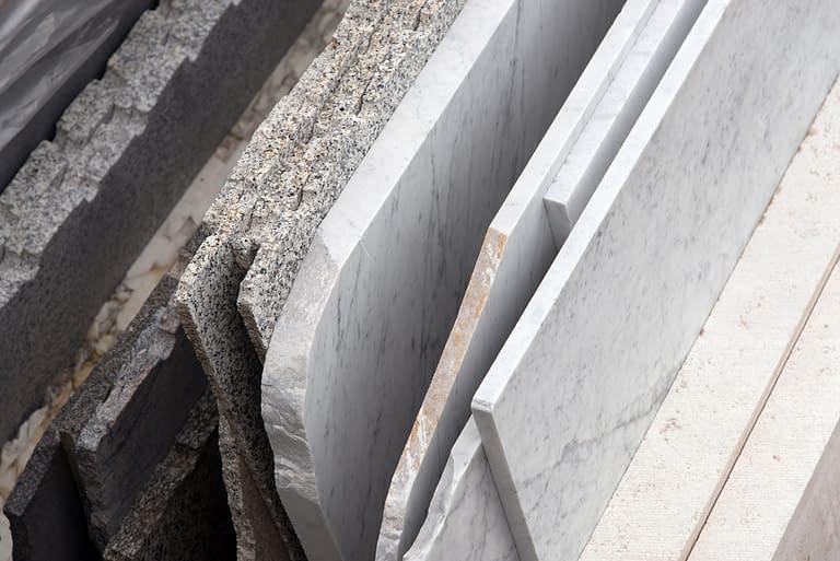 Clayxible memiliki corak batu granit juga