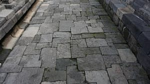 keramik dinding batu alam candi